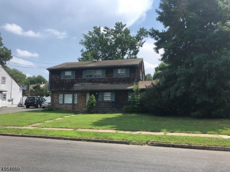 Single Family Homes para Alugar às Woodbridge, Nova Jersey 07067 Estados Unidos