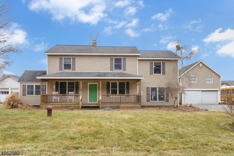 Single Family Homes для того Продажа на Stillwater, Нью-Джерси 07860 Соединенные Штаты