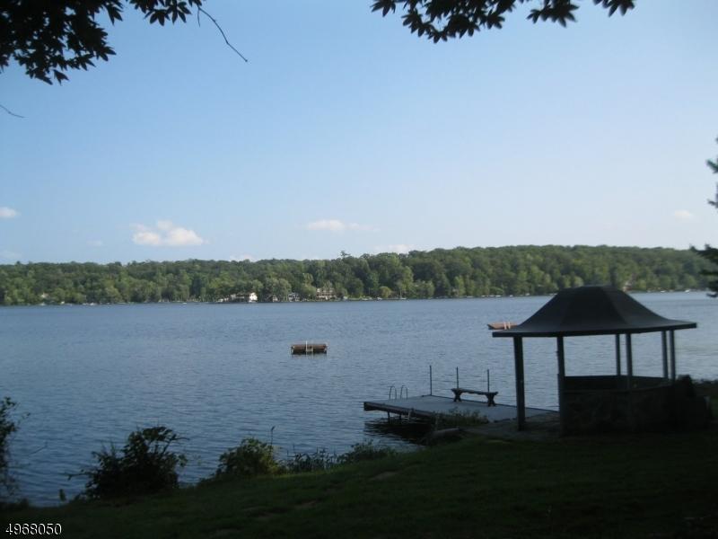 Single Family Homes per Vendita alle ore Frankford Township, New Jersey 07860 Stati Uniti