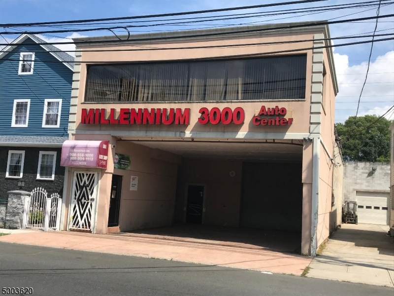 Commercial for Sale at Elizabeth, New Jersey 07208 United States