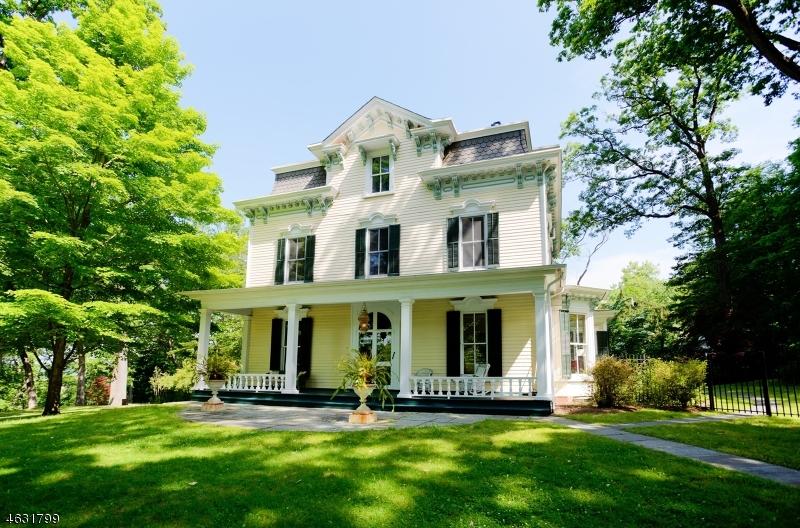 Частный односемейный дом для того Продажа на 101 Oaks Road Millington, 07946 Соединенные Штаты