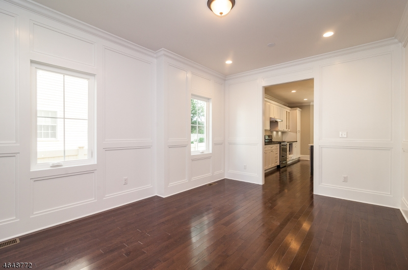 Additional photo for property listing at 85 Adams Ter  Springfield, New Jersey 07081 United States