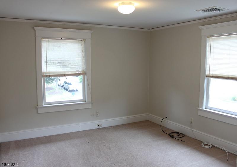 Additional photo for property listing at 425 Main Street  Bedminster, Нью-Джерси 07921 Соединенные Штаты