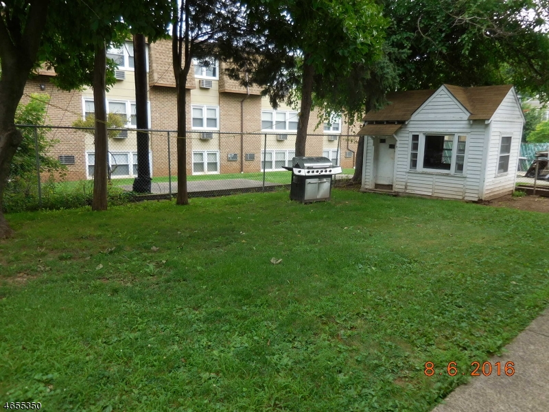 Additional photo for property listing at 131 E Curtis Street  Linden, New Jersey 07036 United States