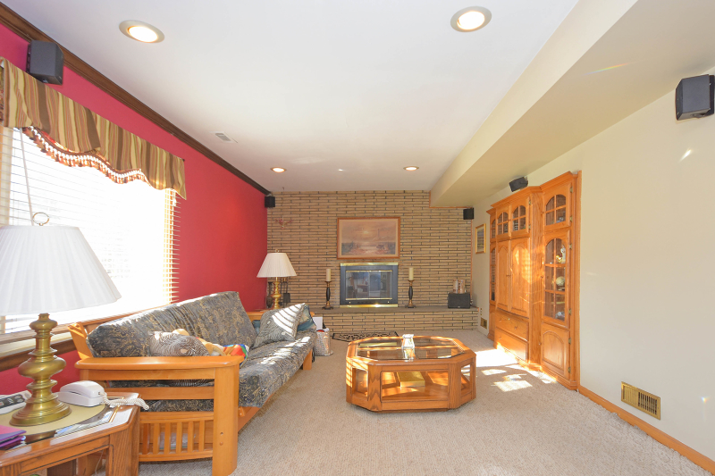 Additional photo for property listing at 32 Braemar Drive  Wayne, Нью-Джерси 07470 Соединенные Штаты
