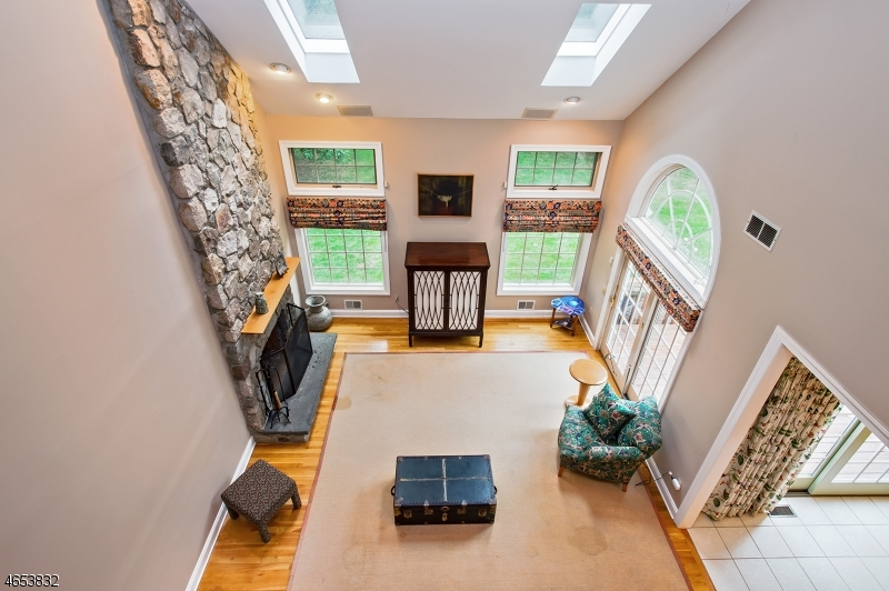 Additional photo for property listing at 76 Deer Creek Drive  Basking Ridge, Nueva Jersey 07920 Estados Unidos