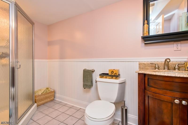 Additional photo for property listing at 76 Deer Creek Drive  巴思金里奇, 新泽西州 07920 美国