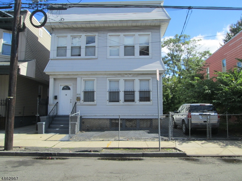 Additional photo for property listing at 600-602 S 20TH  Newark, Nueva Jersey 07103 Estados Unidos