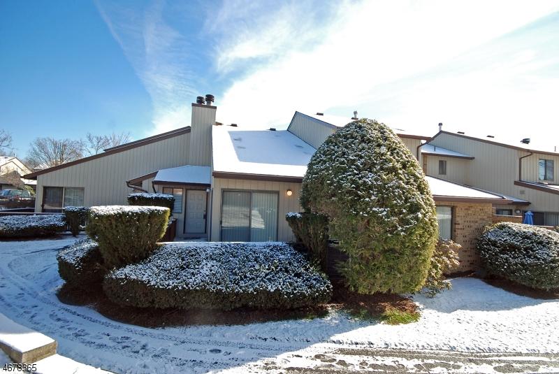 Частный односемейный дом для того Продажа на 250 Ridgedale Ave, X-4 Florham Park, 07932 Соединенные Штаты