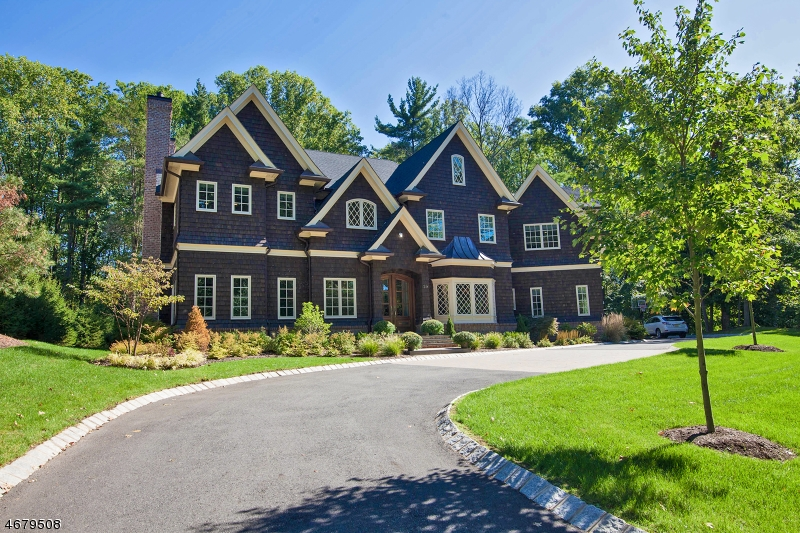 Частный односемейный дом для того Продажа на 16 Woodcrest Avenue Short Hills, 07078 Соединенные Штаты