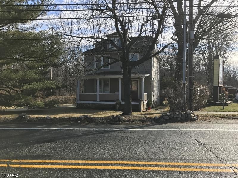 独户住宅 为 销售 在 139 LEDGE-LANDING Road Landing, 07850 美国