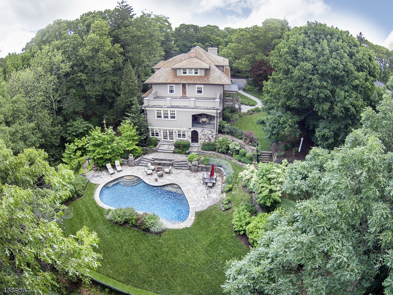 Casa Unifamiliar por un Venta en 90 Tower Hill Road Mountain Lakes, Nueva Jersey 07046 Estados Unidos