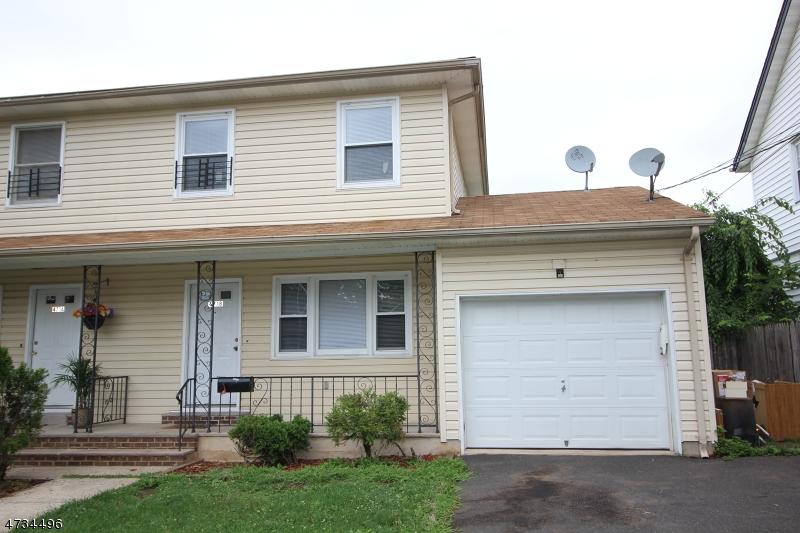 Частный односемейный дом для того Аренда на 471-B Robins Street Roselle, Нью-Джерси 07203 Соединенные Штаты