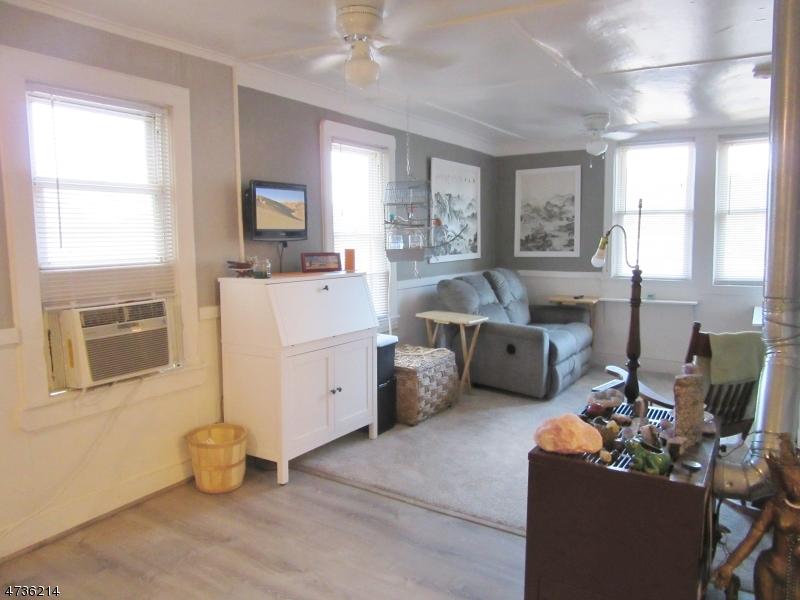独户住宅 为 出租 在 95-97 CANNONBALL Road 朋普顿雷克, 新泽西州 07442 美国