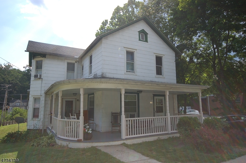 Casa Unifamiliar por un Alquiler en 60B Main Street Glen Gardner, Nueva Jersey 08826 Estados Unidos