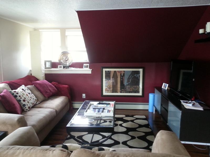 Частный односемейный дом для того Аренда на 26 Hutchinson Avenue Hawthorne, Нью-Джерси 07506 Соединенные Штаты