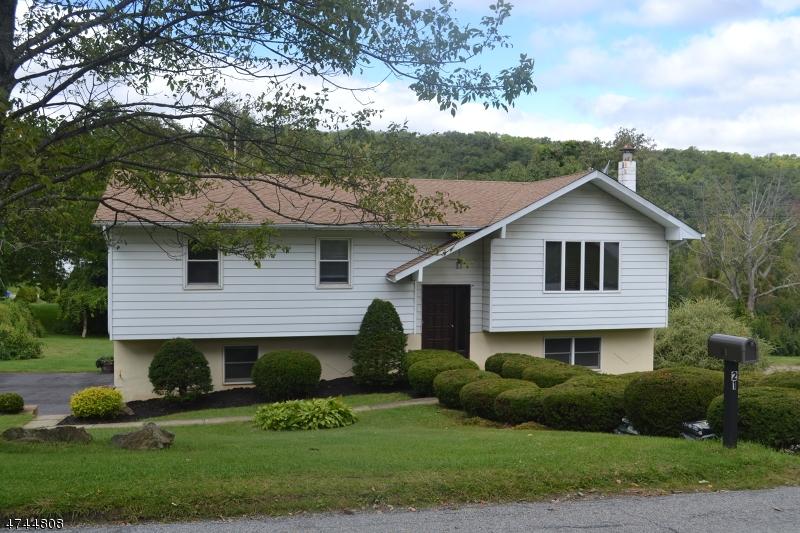 Maison unifamiliale pour l à louer à 21 S CLOVER Lane Vernon, New Jersey 07462 États-Unis