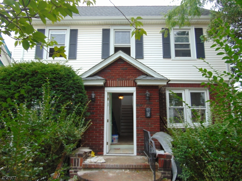 Single Family Home for Rent at 301 Hillside Road Elizabeth, New Jersey 07208 United States