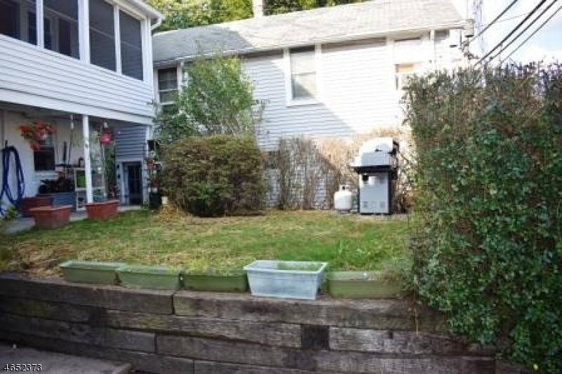 Additional photo for property listing at 87 Cannonball Road  Pompton Lakes, New Jersey 07442 United States