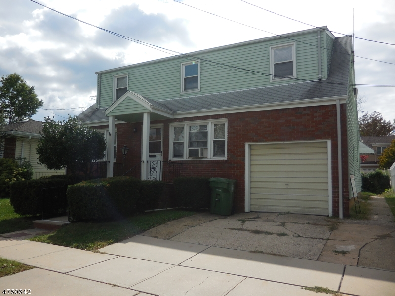Single Family Home for Rent at 222 Clinton Street Linden, New Jersey 07036 United States