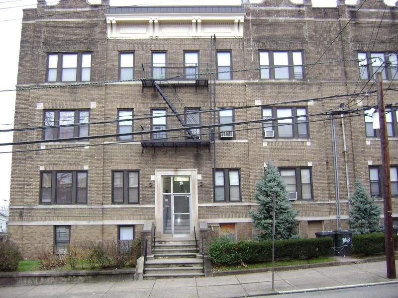 Maison unifamiliale pour l à louer à Address Not Available Passaic, New Jersey 07055 États-Unis