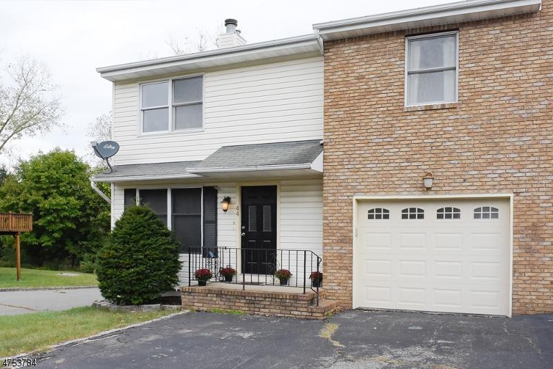 Casa Unifamiliar por un Venta en 44 Oxford Road Wharton, Nueva Jersey 07885 Estados Unidos