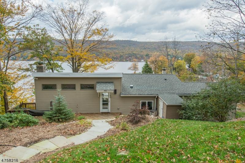 独户住宅 为 销售 在 793 E Shore Road 西米尔福德, 新泽西州 07421 美国