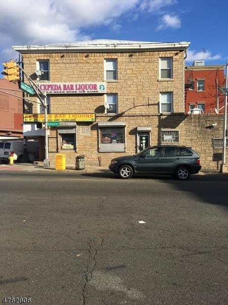 Comercial por un Venta en 292-294 MARKET Street Paterson, Nueva Jersey 07509 Estados Unidos