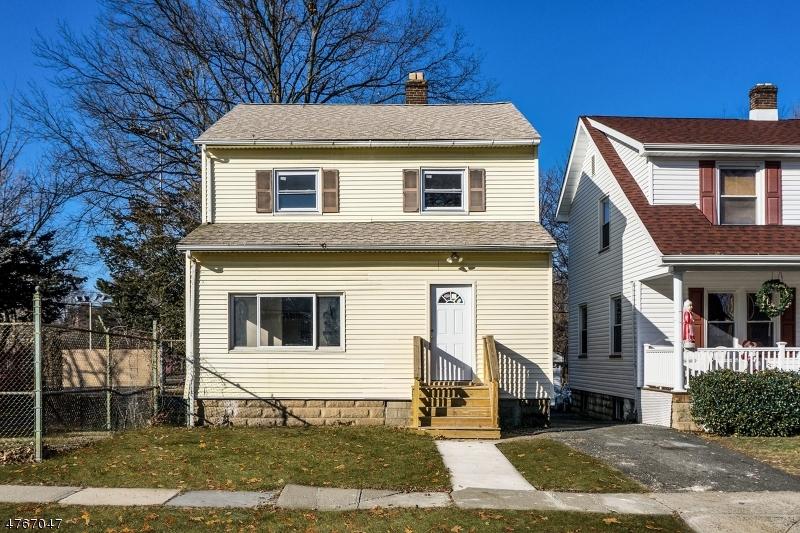 独户住宅 为 销售 在 99 Brighton Avenue East Orange, 新泽西州 07017 美国