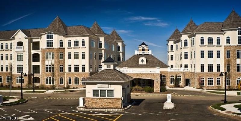 Casa Unifamiliar por un Venta en 212 Metzger Drive West Orange, Nueva Jersey 07052 Estados Unidos