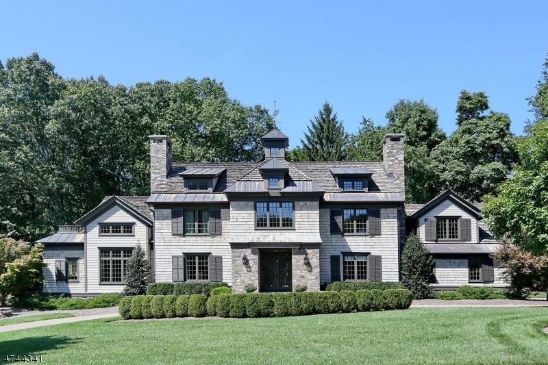 Maison unifamiliale pour l Vente à 378 Hillview Ter Franklin Lakes, New Jersey 07417 États-Unis