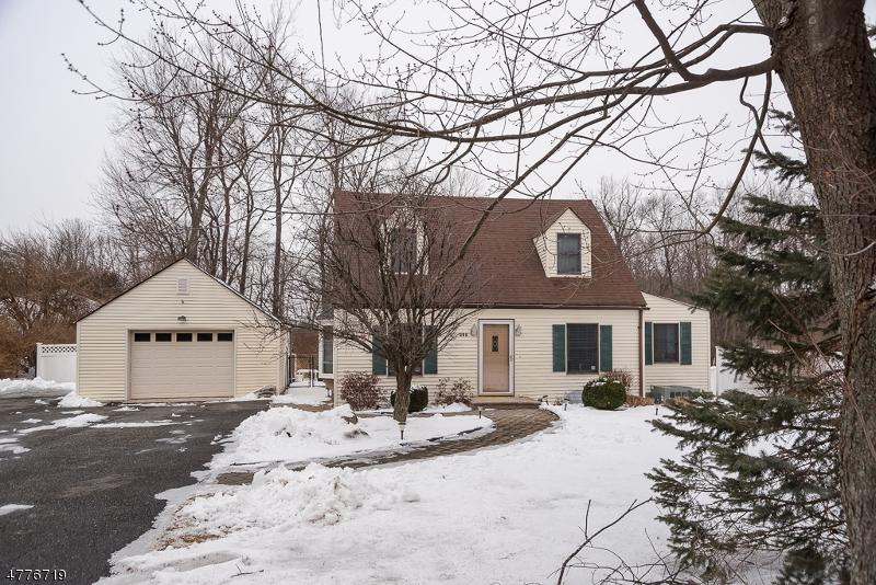 Einfamilienhaus für Verkauf beim 115 Newton Sparta Road 115 Newton Sparta Road Andover Township, New Jersey 07860 Vereinigte Staaten