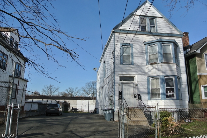 Land for Sale at 101 SYLVAN Avenue Newark, New Jersey 07104 United States