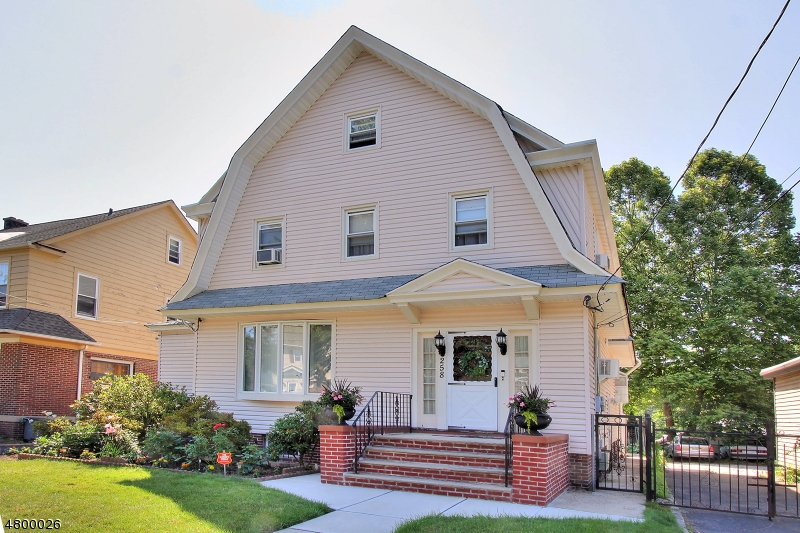 Single Family Home for Sale at 258 HIGHLAND Avenue Newark, New Jersey 07104 United States