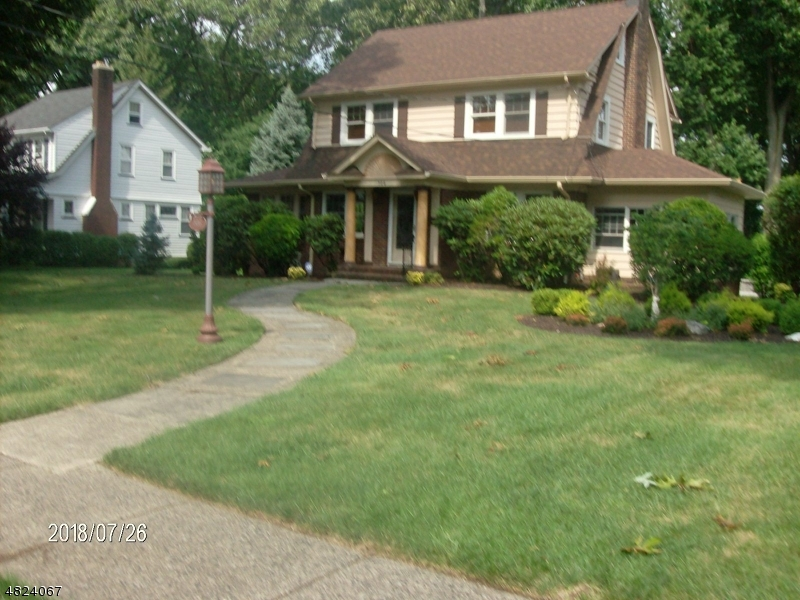 Single Family Home for Sale at 506 MT PROSPECT AVE 506 MT PROSPECT AVE Clifton, New Jersey 07013 United States