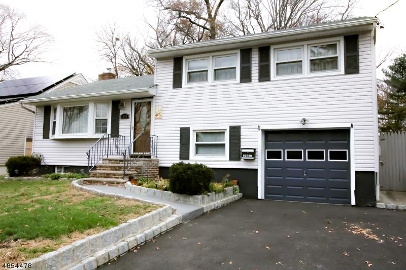 Vivienda unifamiliar por un Venta en 2563 JACKSON Avenue Union, Nueva Jersey 07083 Estados Unidos