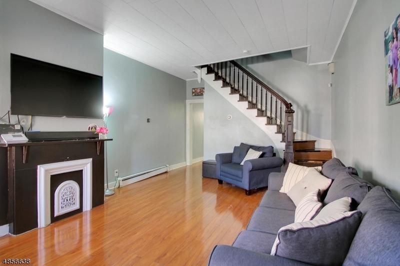 Villas / Townhouses for Sale at 75 POPLAR ST 75 POPLAR ST Jersey City, New Jersey 07307 United States