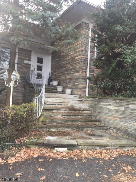 Single Family Homes für Verkauf beim South Orange, New Jersey 07079 Vereinigte Staaten