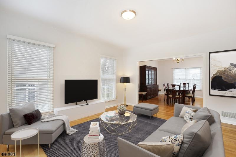 Single Family Homes por un Venta en Berkeley Heights, Nueva Jersey 07922 Estados Unidos