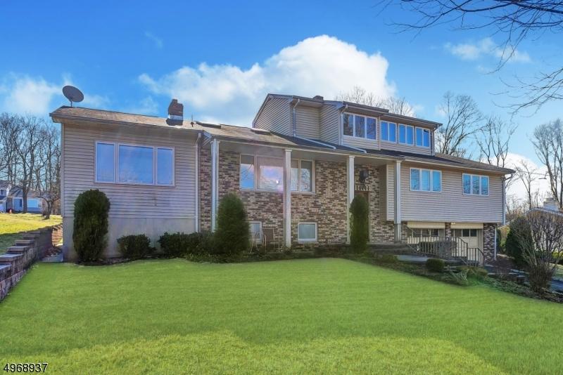 Single Family Homes vì Bán tại Mountainside, New Jersey 07092 Hoa Kỳ