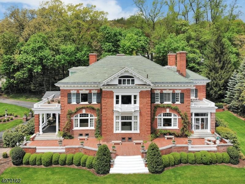 Single Family Homes por un Venta en Montclair, Nueva Jersey 07042 Estados Unidos