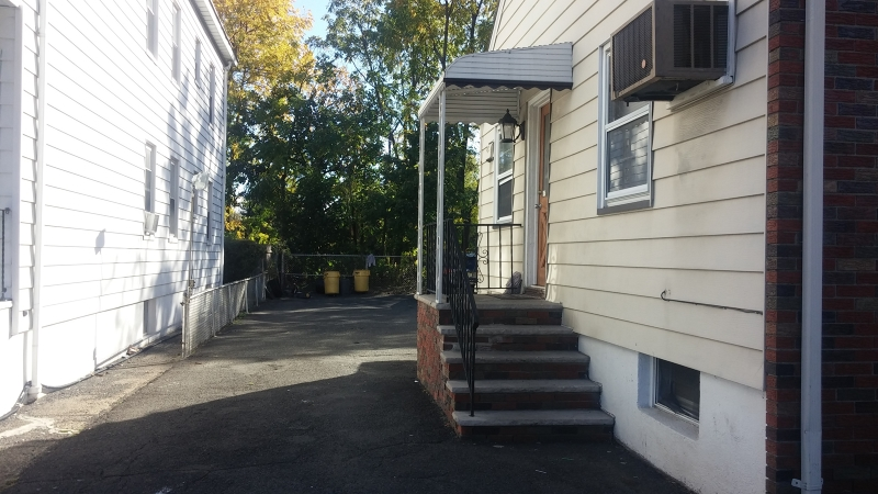 Additional photo for property listing at 196-198 23RD Avenue  Paterson, New Jersey 07513 États-Unis