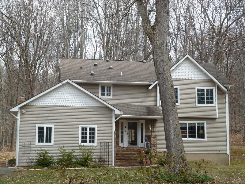 Maison unifamiliale pour l Vente à 96 Kings Hwy Long Valley, New Jersey 07853 États-Unis