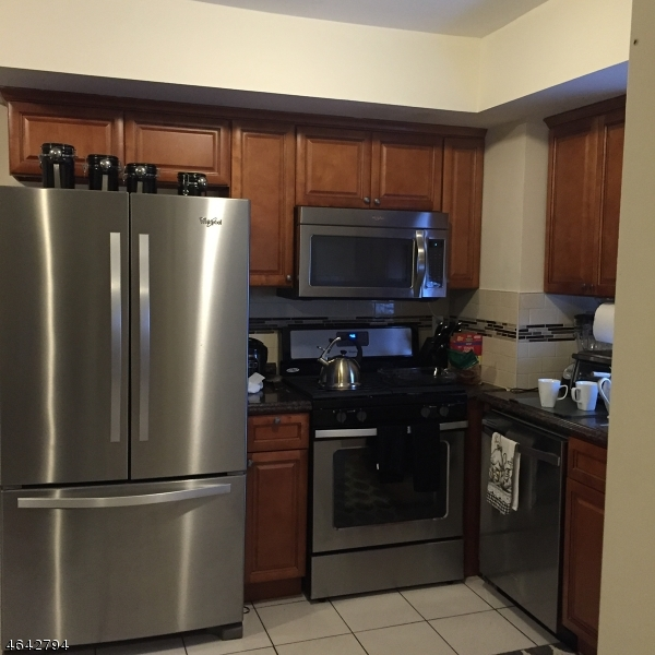 Additional photo for property listing at 130 Clifford Street  Newark, Nueva Jersey 07105 Estados Unidos
