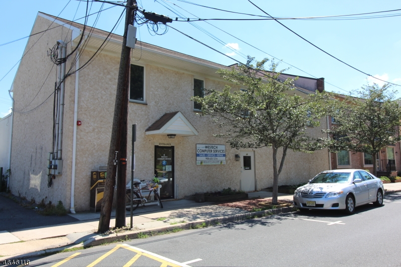 Commercial pour l Vente à 25 Old Highway 22-Suite 3 Clinton, New Jersey 08809 États-Unis
