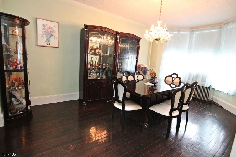 Additional photo for property listing at 9 Agate Place  Newark, New Jersey 07104 États-Unis