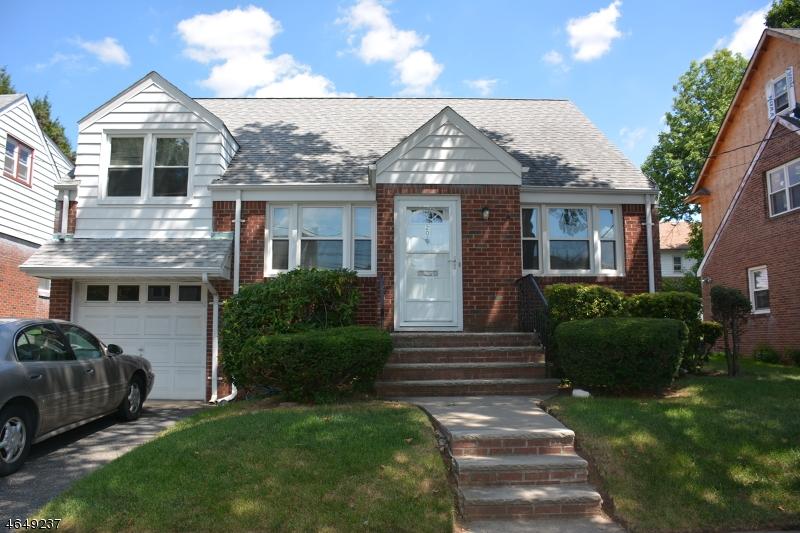 Casa Unifamiliar por un Venta en 20 Ball Avenue Passaic, Nueva Jersey 07055 Estados Unidos