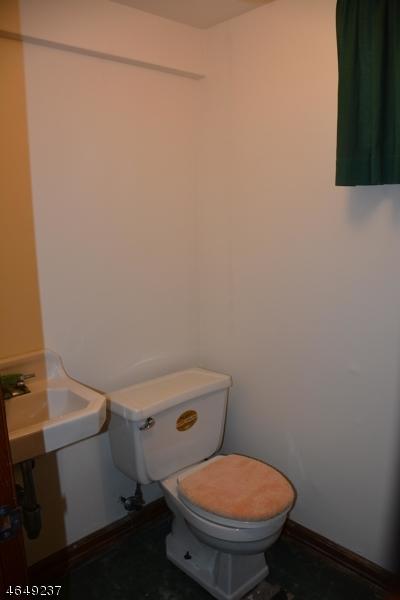 Additional photo for property listing at 20 Ball Avenue  Passaic, Nueva Jersey 07055 Estados Unidos