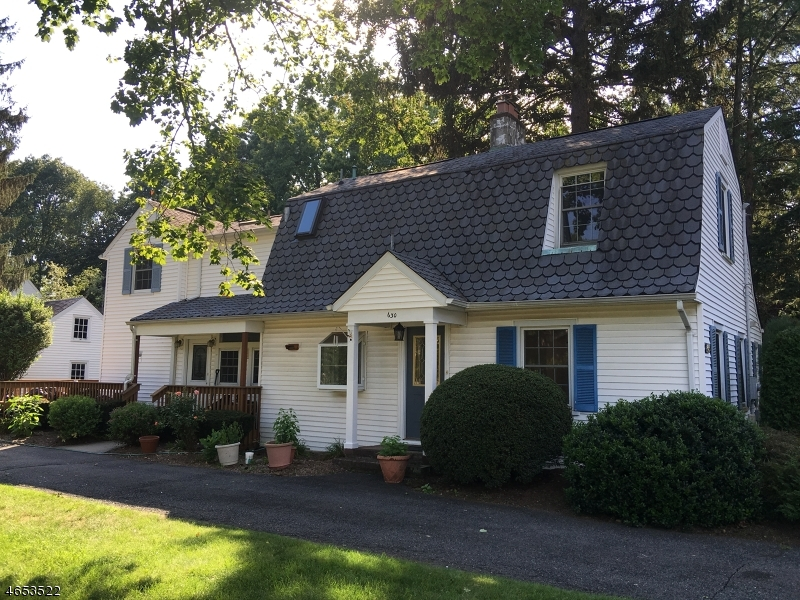 Частный односемейный дом для того Аренда на 630 Wall Street Ridgewood, Нью-Джерси 07450 Соединенные Штаты