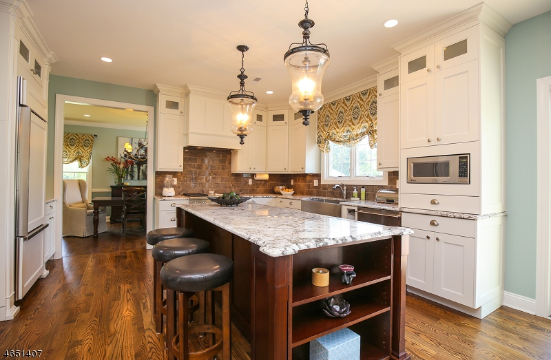 Additional photo for property listing at 4 Wadams Court  West Orange, New Jersey 07052 États-Unis